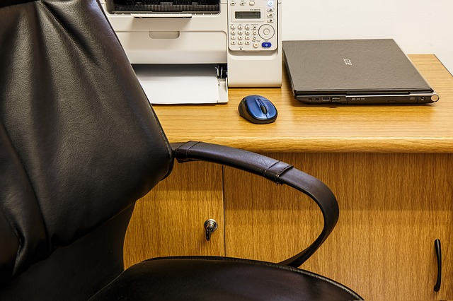 Top 5 Features To Look in Desk Chairs